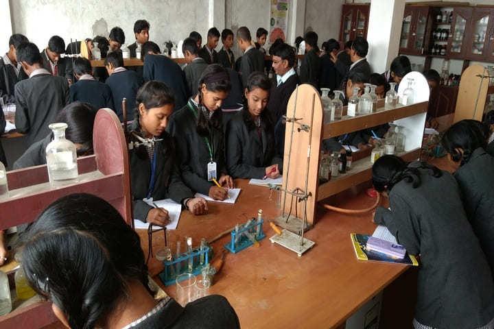S D V Public School-Science Lab