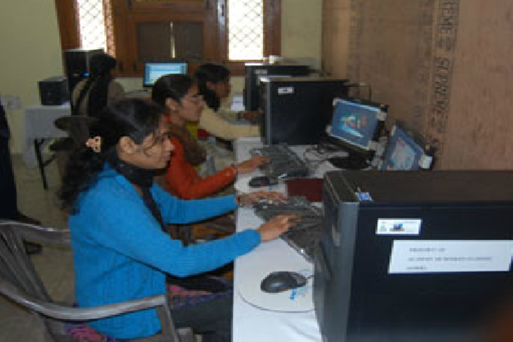 Academy Of Modern Learning-Computer lab