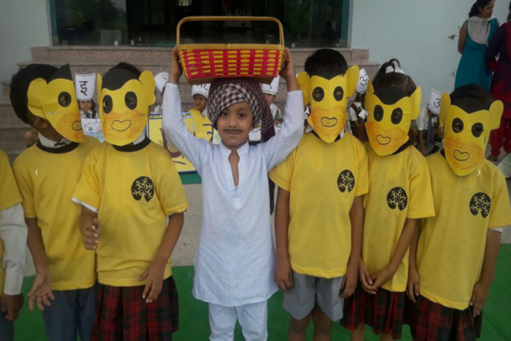 Acme Global School-Class Activity