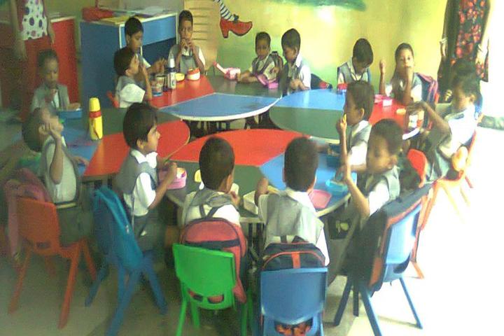 Acme Global School-Kids Classroom