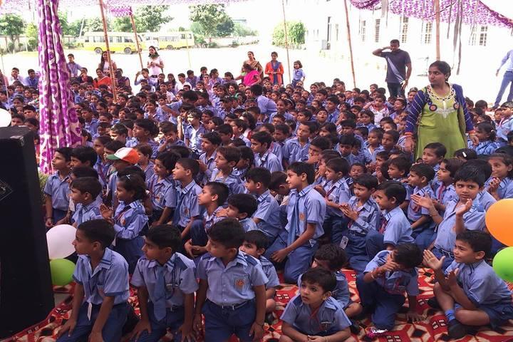 Adarsh Sarovar Public School-Independence Day