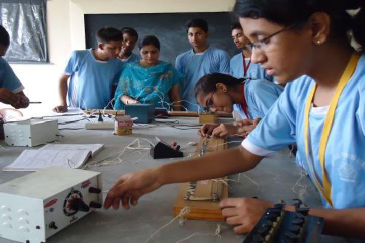 Adarsh Public School-Physics Lab