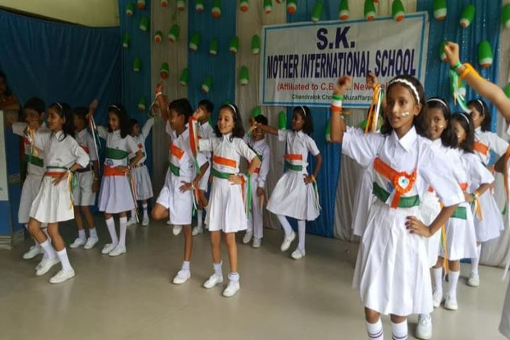S K Mother International School-Kids Dance