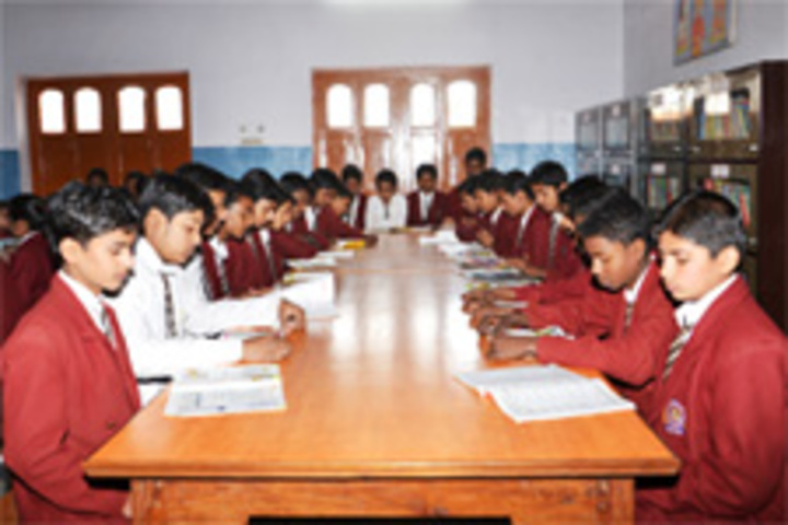 S K P Vidya Vihar-Library
