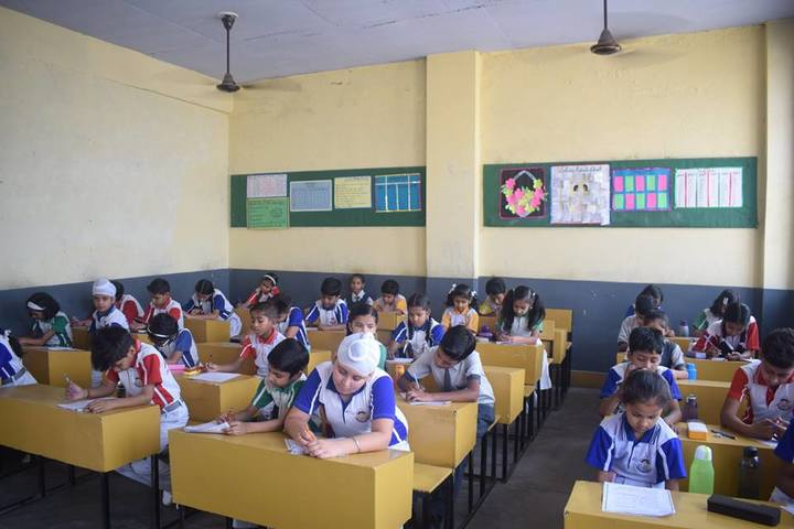 Ajmani International School - Classrooms