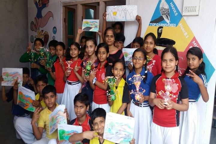 S N Memorial International School-Art And Craft
