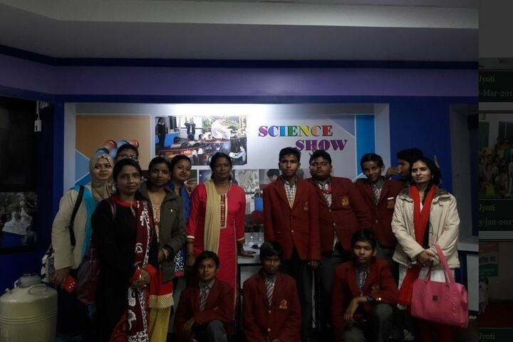 Akshar Jyothi Public School-Science Show