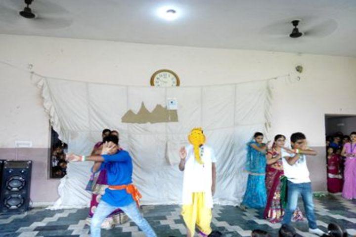 Alakananda Academic School - Patriotic Dance
