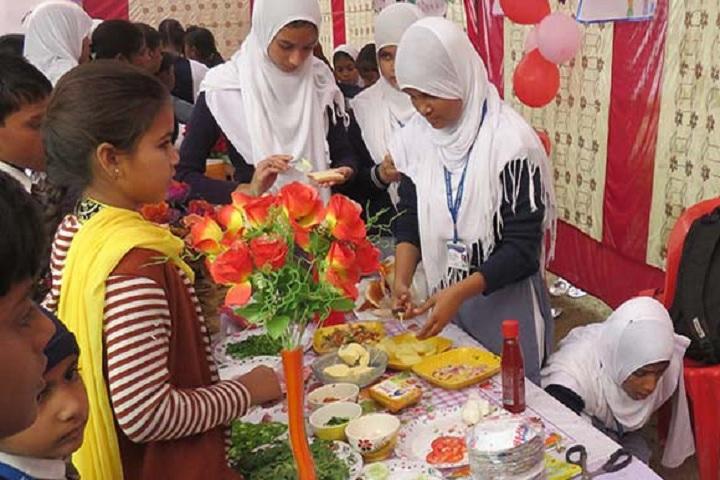 Aliyah Public School - Food Carnival