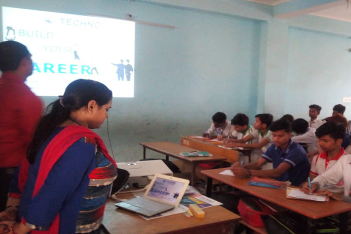 Allahabad Public School College  - Career Counselling Session in Class XI and XII