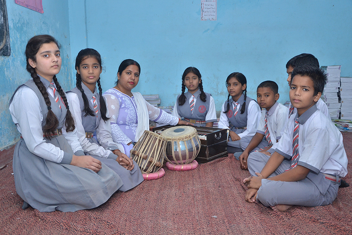Allahabad Public School College - Music Lab