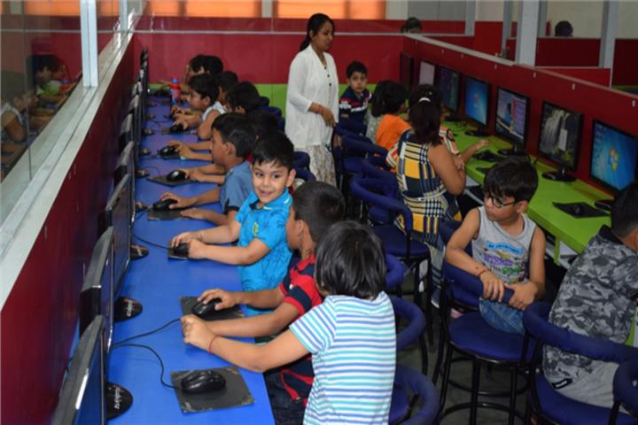 Allenhouse Public School-Computer Lab