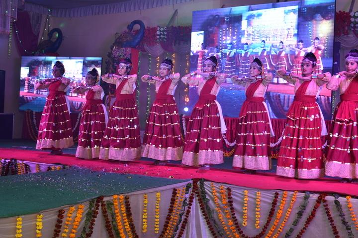 Alphine Public School - Event Udhaan