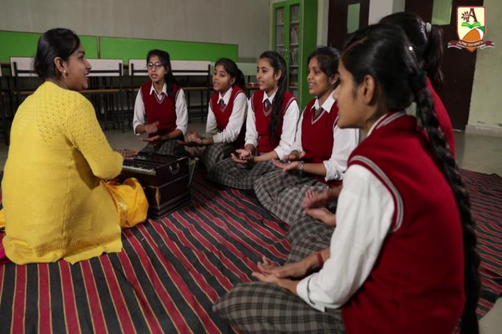 Alphine Vidyapeeth - Music Classes