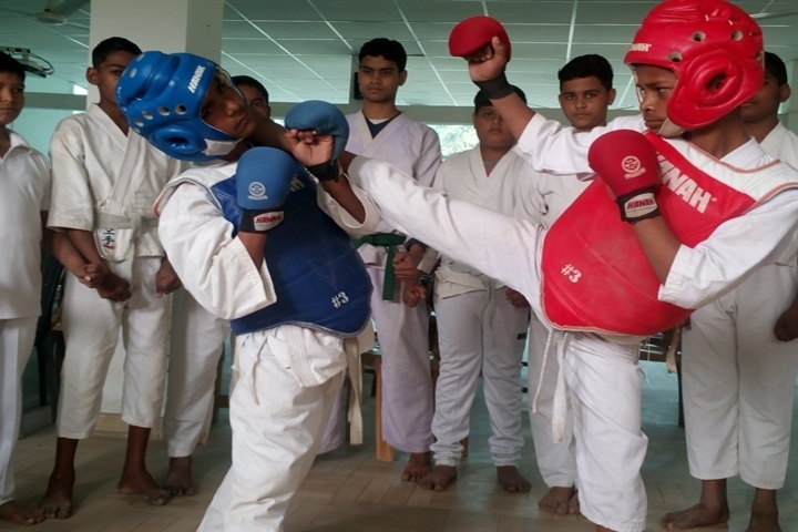Anand Memorial Academy - Kick Boxing