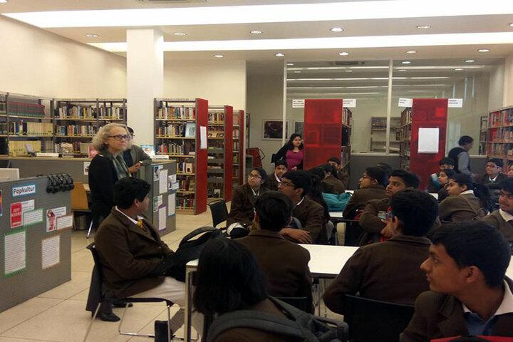 Apeejay School-Library