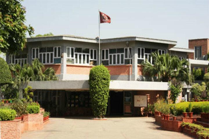 Apeejay School-School