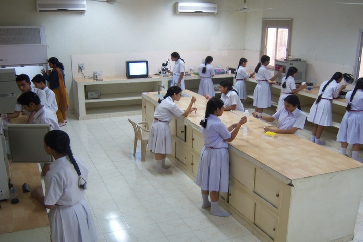 Army Public School-Biotech Lab