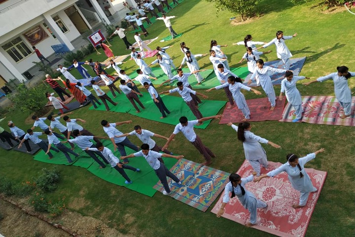 Arya Kamal Public School-Yoga