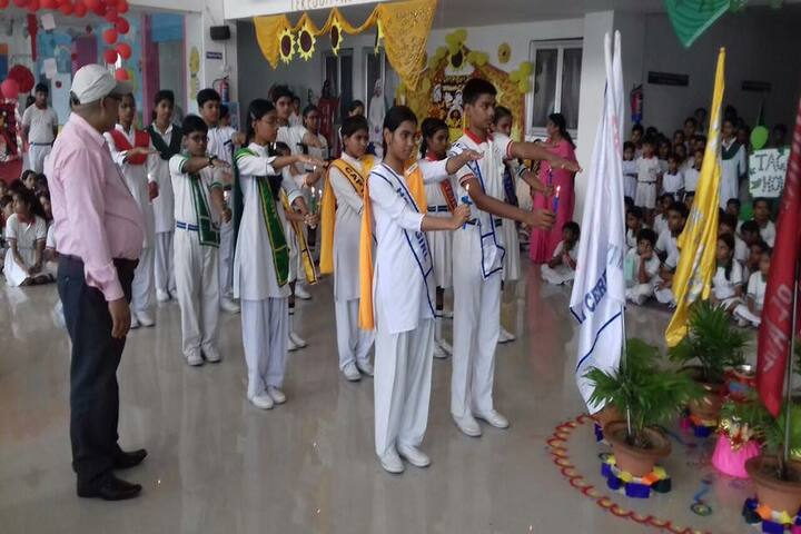 Avadh Collegiate-March Past