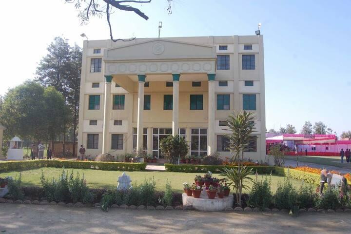 Avadh International School-Campusview
