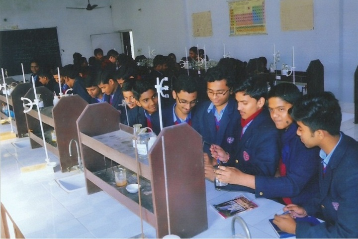 Avadh International School-Chemistry Lab