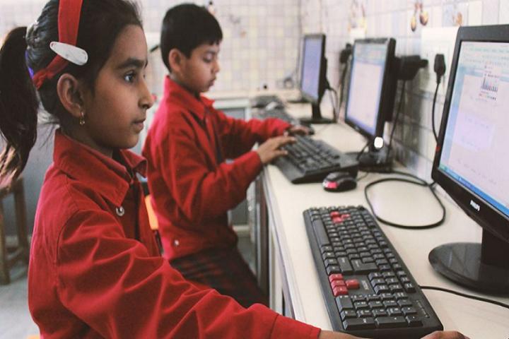 Babu Bodh Raj Convent School-Computer Lab