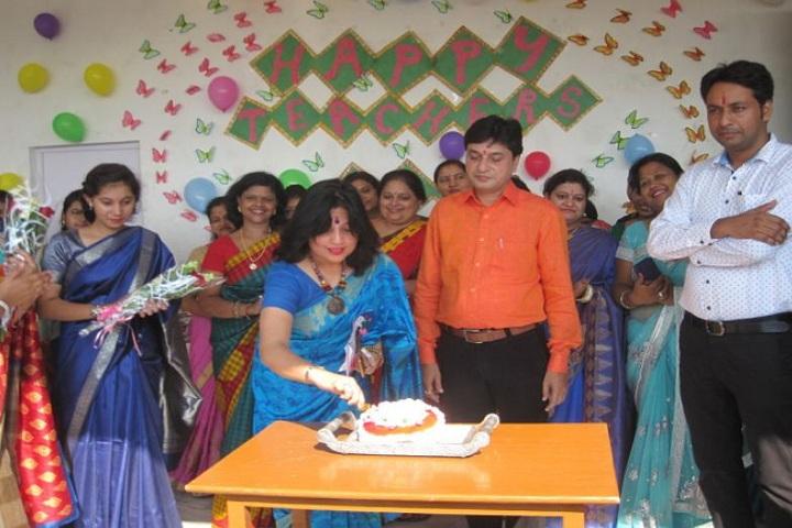 Baal Baari Public School-Teachers day