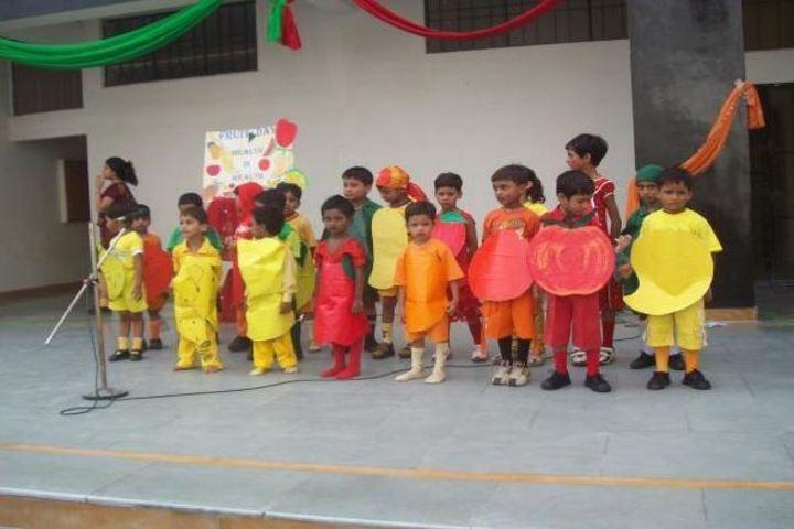 Bal Bharti School- Fruits Day