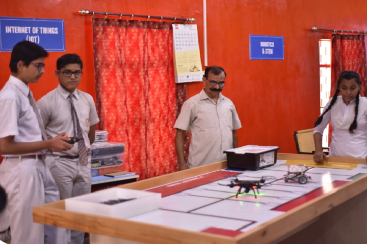 Bal Vidya Mandir Senior Secondary school-Science Lab