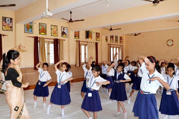 Baleram Brajbhushan Saraswati Shishu Mandir-Dance Classes