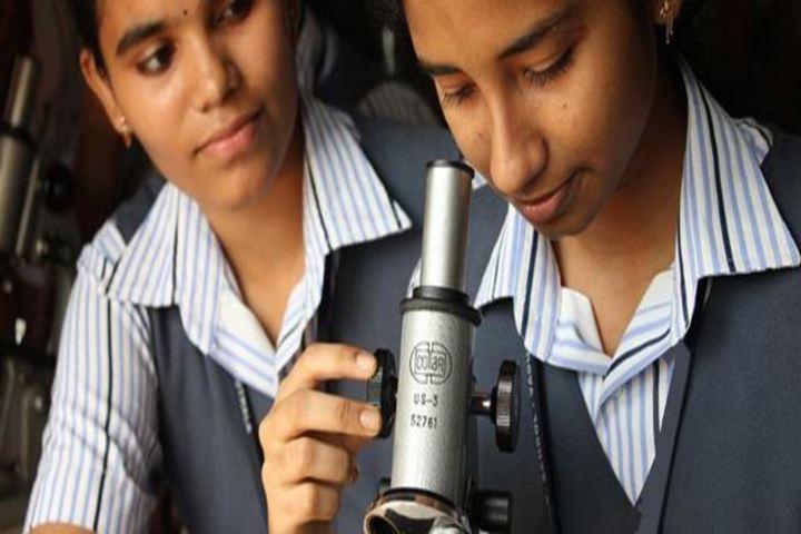 Santoba International School-Science Lab