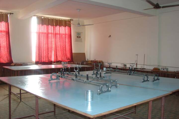 Bhartiya Bal Vidya Mandir School-Physics Lab