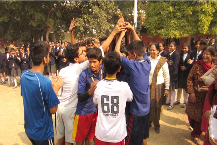 Bhartiya Vidya Bhavan Vidyalaya-Sports Day Celebrations