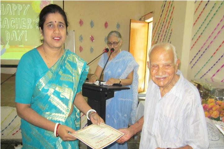 Bhartiya Vidya Bhavan Public School-Certificate Distribution