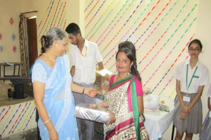 Bhartiya Vidya Bhavan Public School-Teachers Day