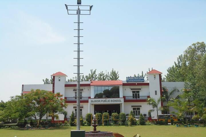 Bijnor Public School-Campus