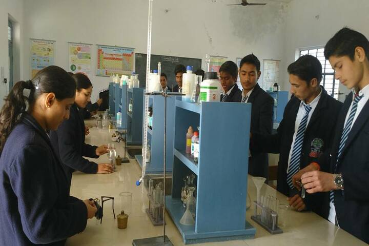 Bijnor Public School-Chemistry Lab