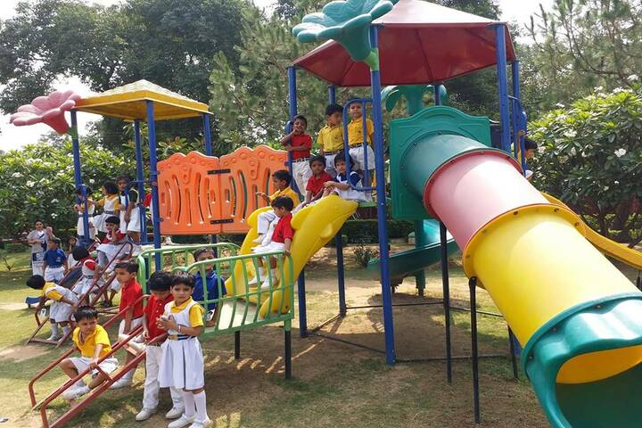 Bijnor Public School-Play Area