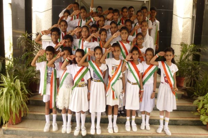 Bill Clinton school-Independence day celebrations