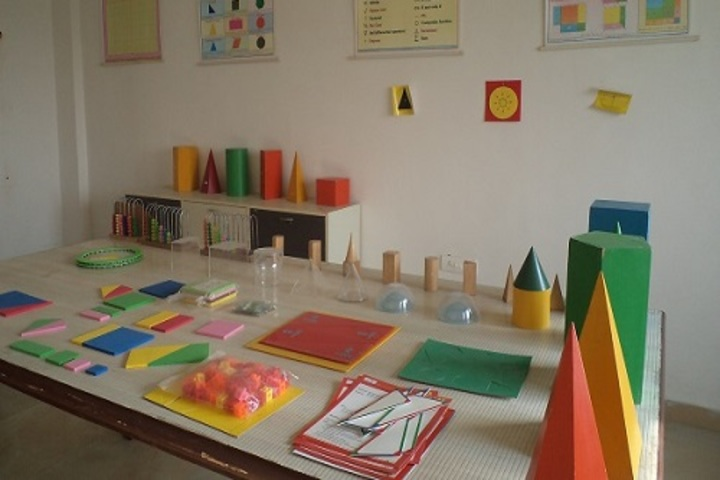 Bloom Public School-Mathematics Lab