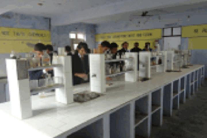 Blooming Buds Senior Secondary School- Chemistry Lab