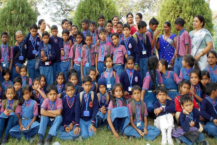 Blue Birds International School-Students