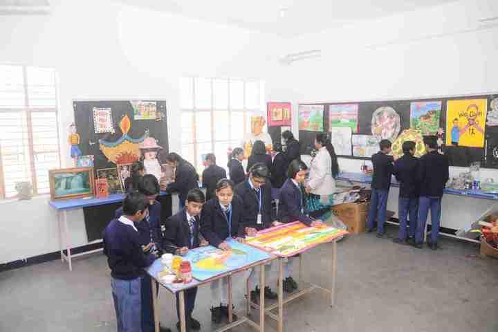 Blue Diamond Public School-Art Room