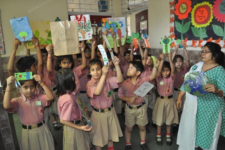 Bright Land School-Earth Day