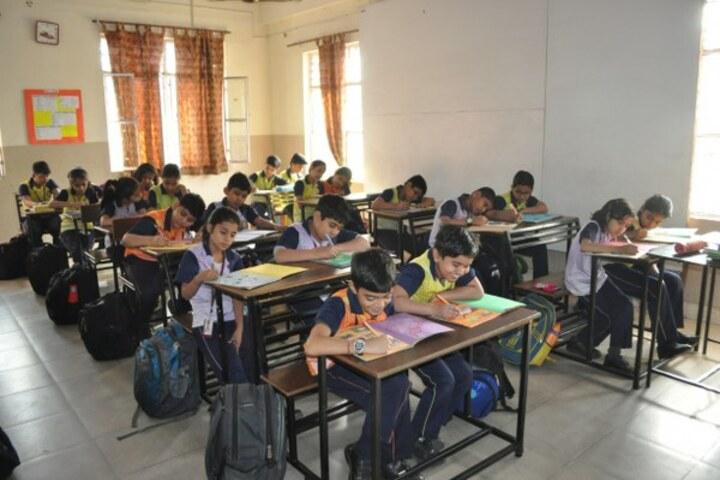 Bright Land School-ISA Activity Vibrant Hues