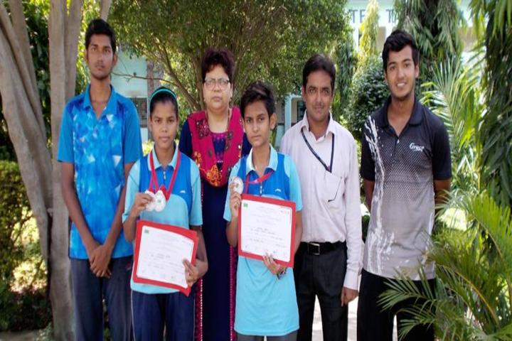 Brij Behari Sahai Vidya Mandir-Awards