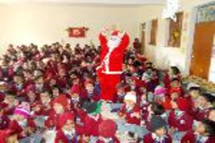 Brij Behari Sahai Vidya Mandir-Christmas Celebration