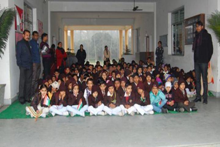 Cambridge International School-Students