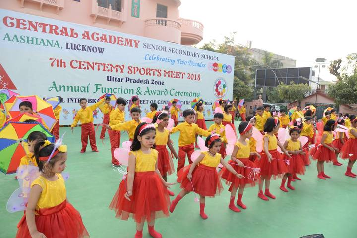Central Academy-Dancing